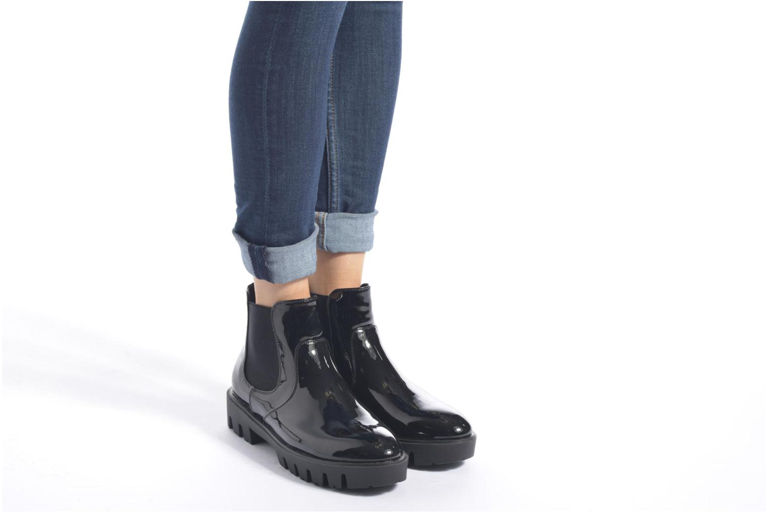 Ankle boots Sixty Seven Zoe Black view from underneath / model view