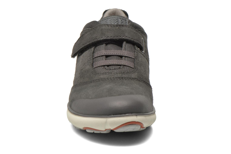 Sneaker Geox J Nebula B. A J641TA grau schuhe getragen