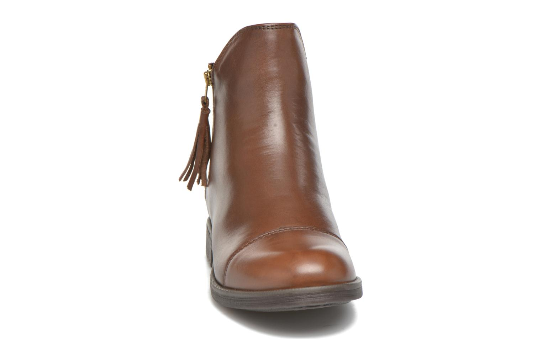 Bottines et boots Geox J Agata C J5449C Marron vue portées chaussures