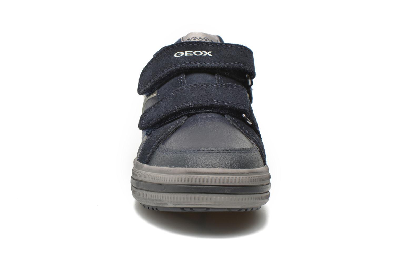 Sneaker Geox J Elvis F J64A4F blau schuhe getragen