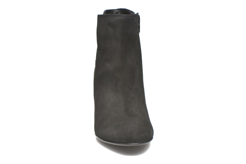Bottines et boots Gabor Manuella Noir vue portées chaussures