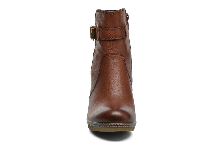 Bottines et boots Gabor Solenne Marron vue portées chaussures