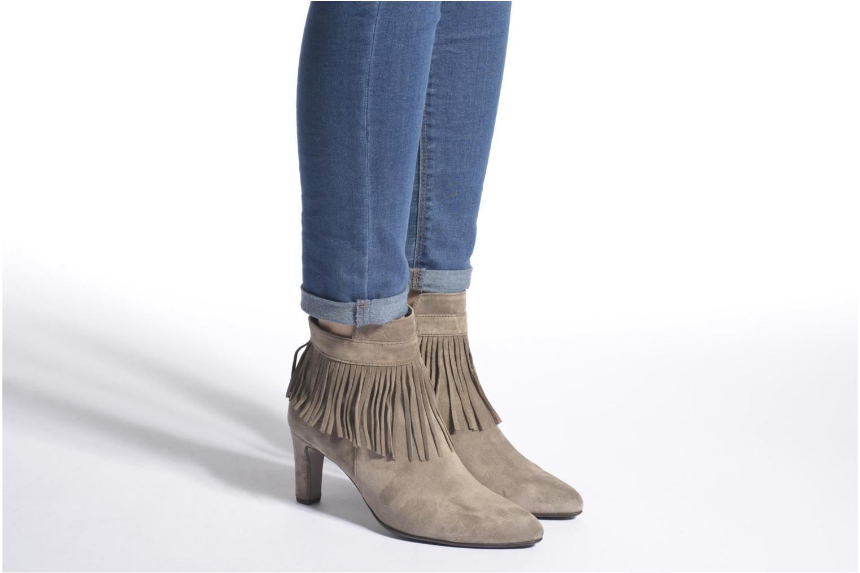 Bottines et boots Gabor Mathilda Gris vue bas / vue portée sac