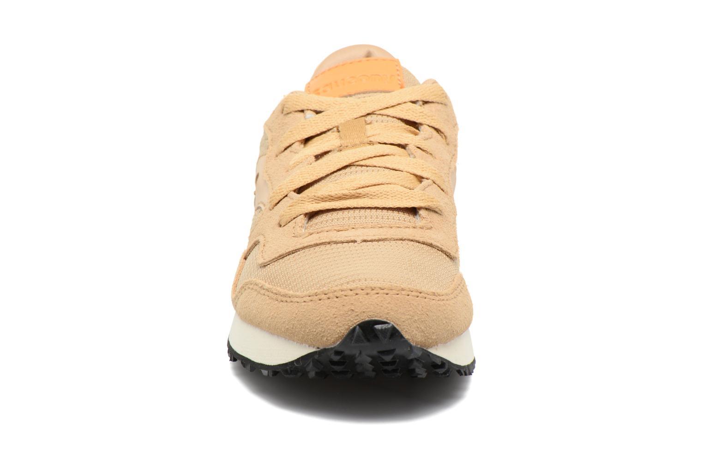 Sneaker Saucony DXN Trainer W braun schuhe getragen