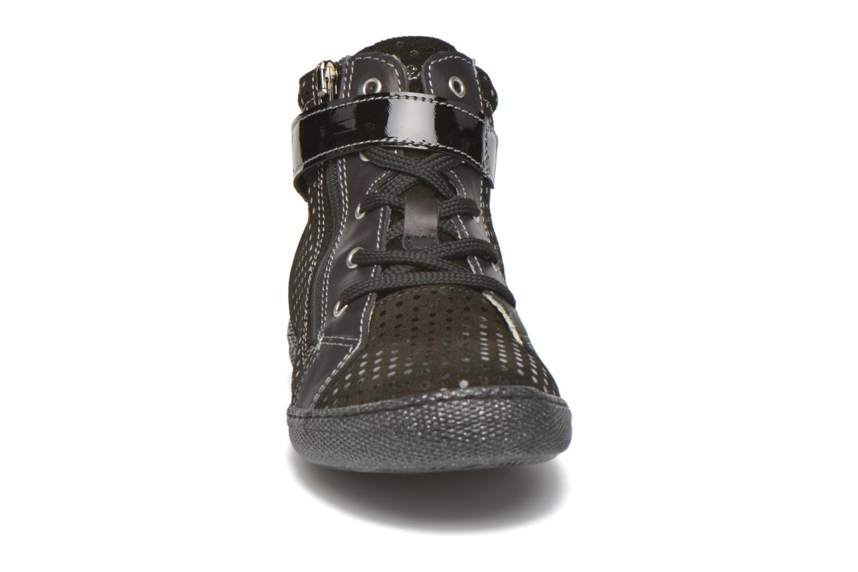 Sneaker Primigi Mel-E schwarz schuhe getragen