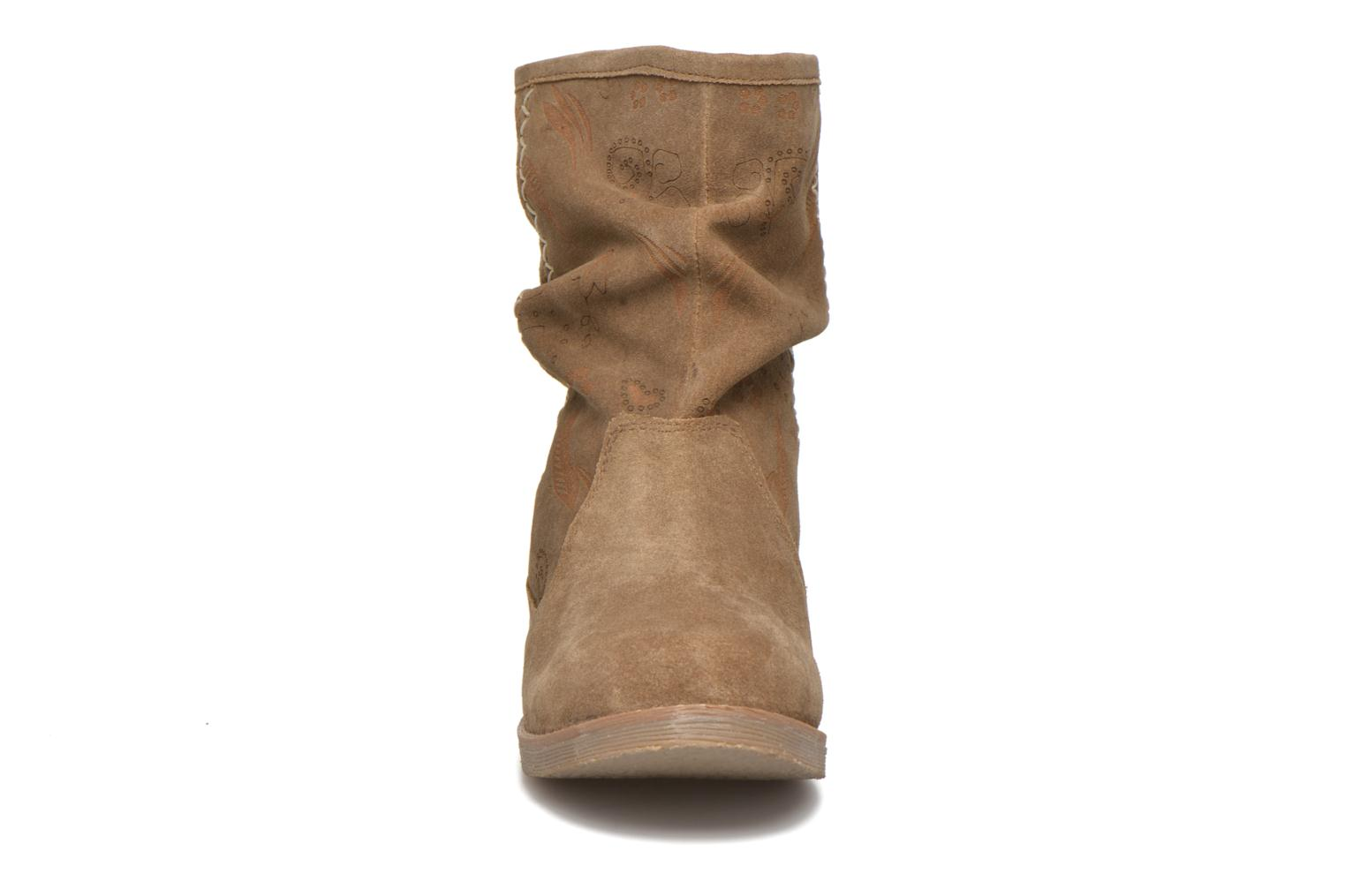 Ankle boots Coolway Betina Brown model view