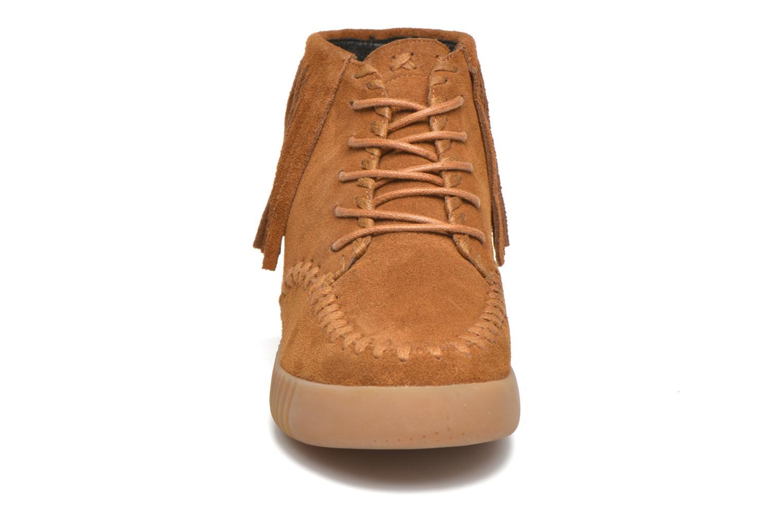 Chaussures à lacets Coolway Buzo Marron vue portées chaussures