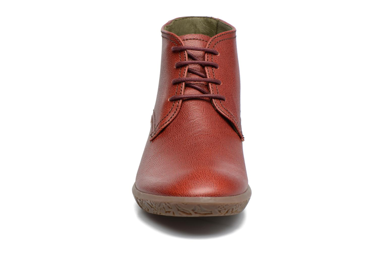 Lace-up shoes El Naturalista Alhambra NG11 Red model view
