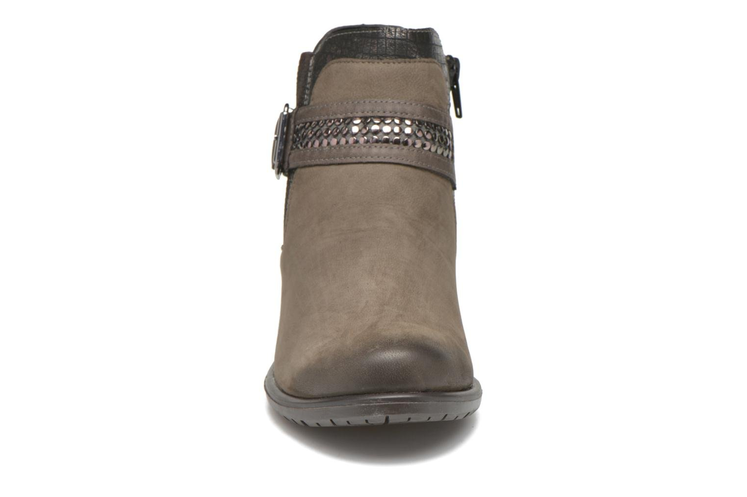 Ankle boots Remonte Andrea D3182 Grey model view
