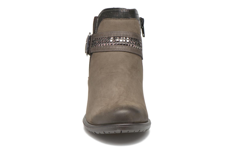 Stiefeletten & Boots Remonte Andrea D3182 grau schuhe getragen