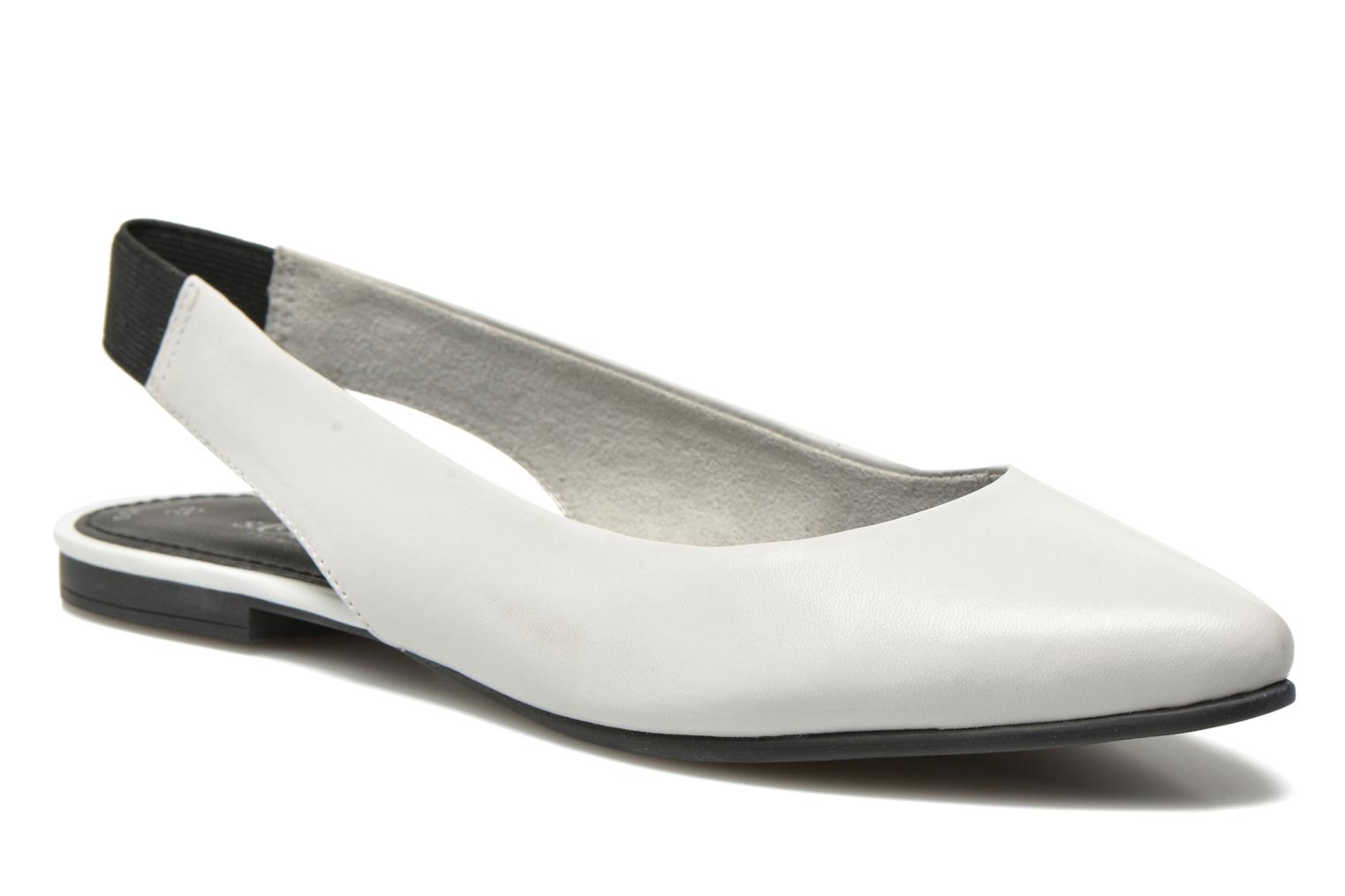Ballet pumps S.Oliver Lyna White detailed view/ Pair view