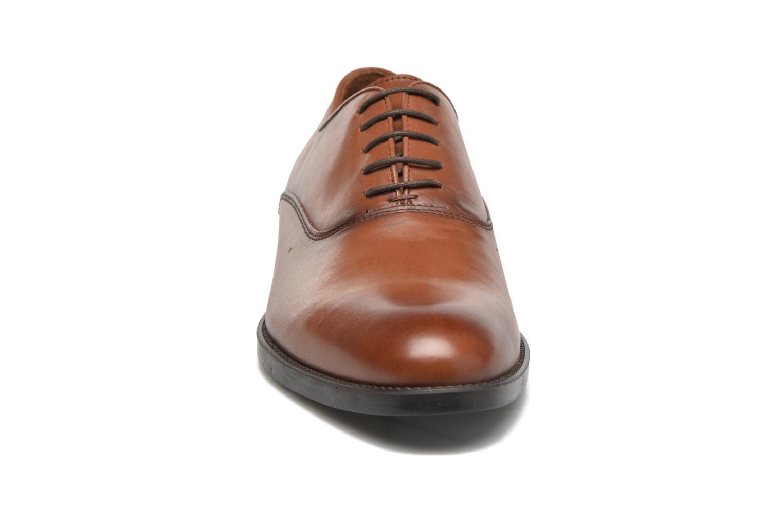 Schnürschuhe Marvin&Co Tonbridge braun schuhe getragen