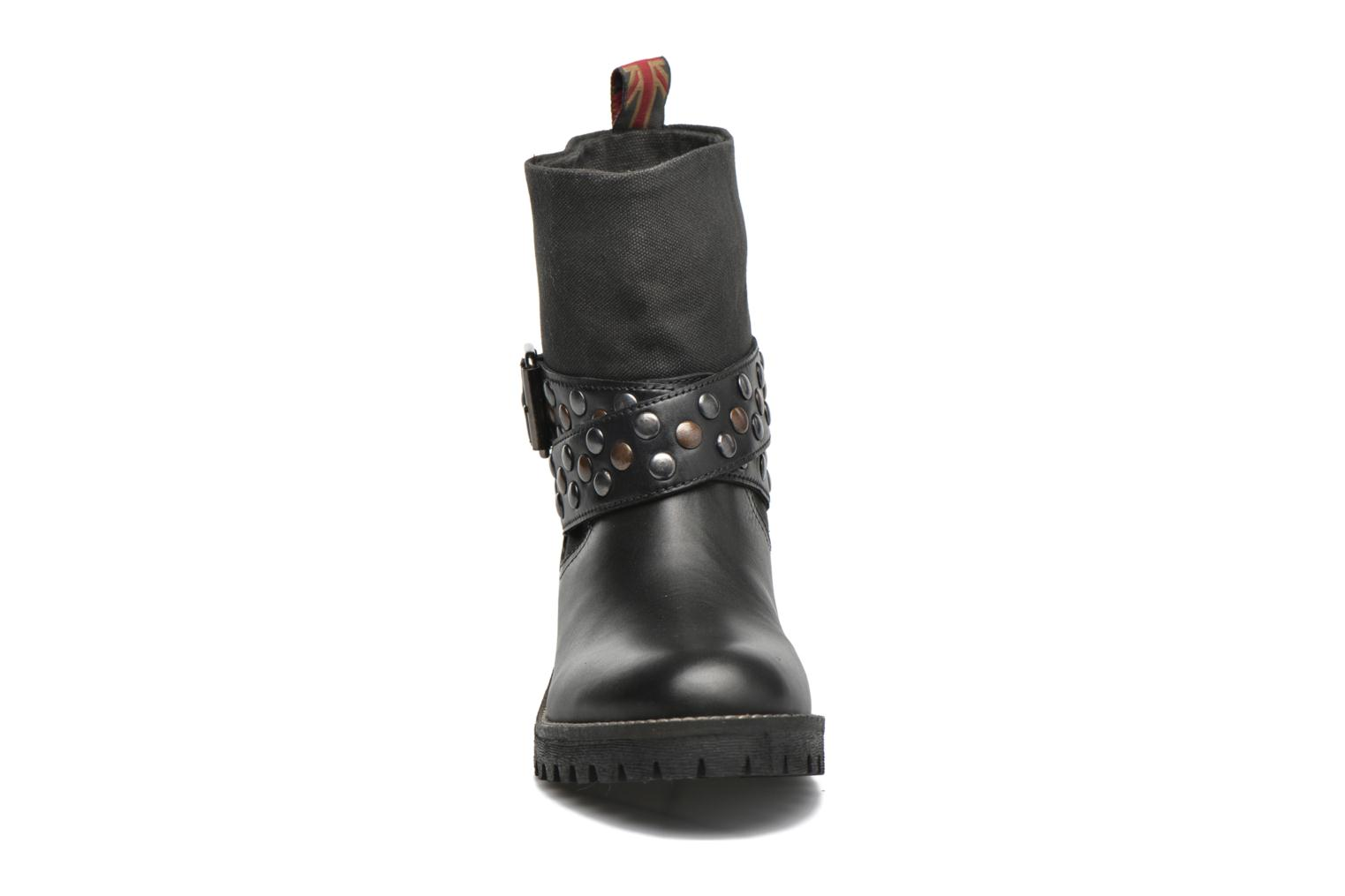 Ankle boots Pepe jeans Helen Straps Black model view