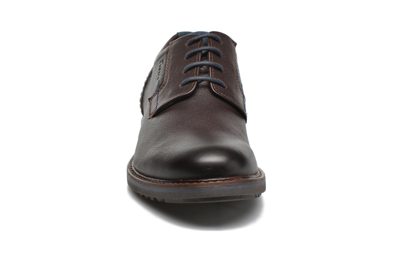 Chaussures à lacets Sioux Envito Marron vue portées chaussures