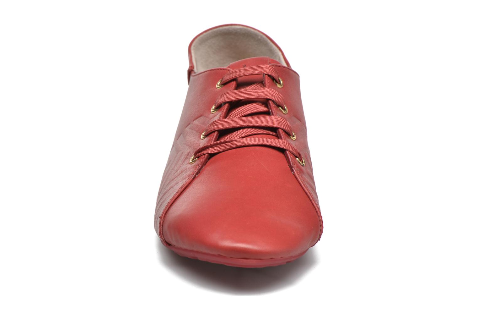 Lace-up shoes TBS Charlyn Red model view