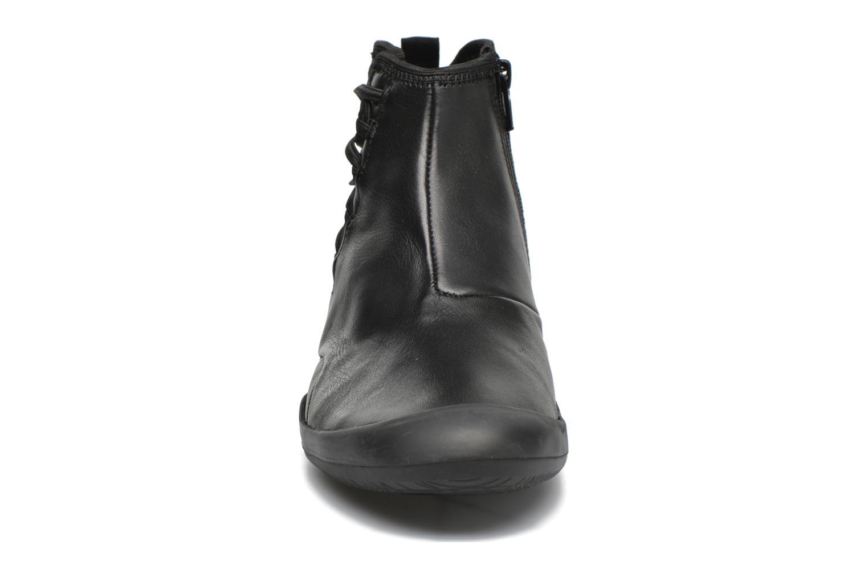Bottines et boots TBS Vivienn Noir vue portées chaussures