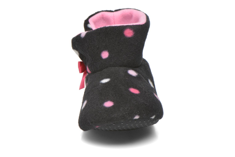 Chaussons Isotoner Booties haut polaire Noir vue portées chaussures