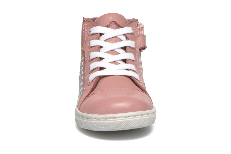 Baskets Mod8 Toxic Rose vue portées chaussures