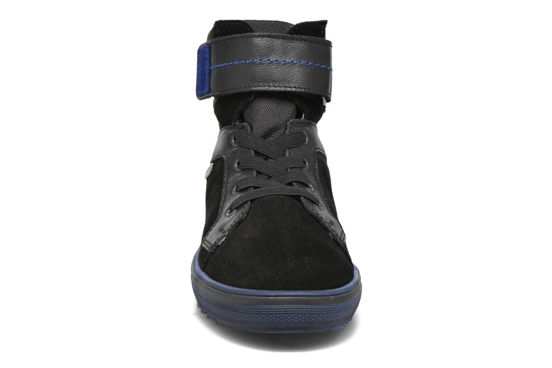 Baskets Richter Benno Noir vue portées chaussures