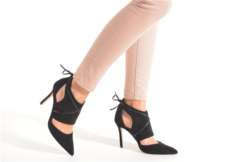 Stiefeletten & Boots Guess Becan schwarz ansicht von unten / tasche getragen