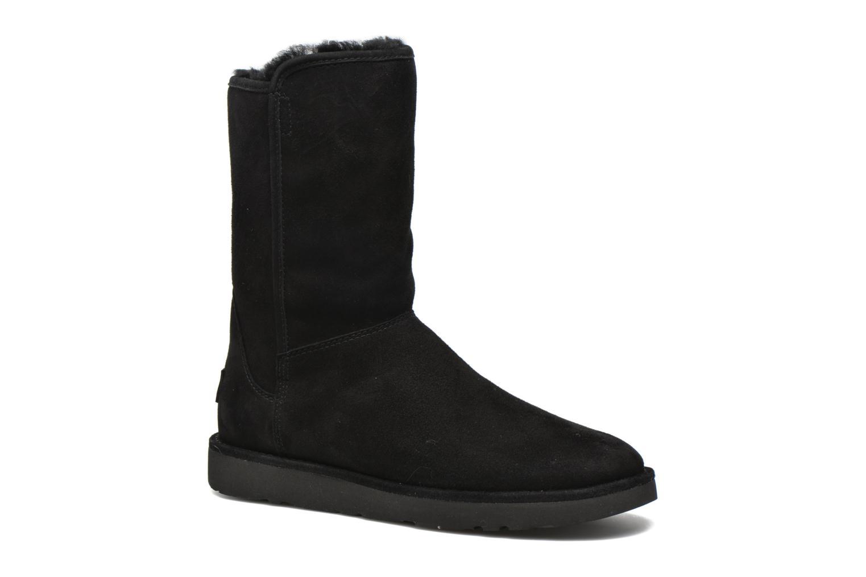Ankelstøvler UGG Abree Short II Sort detaljeret billede af skoene