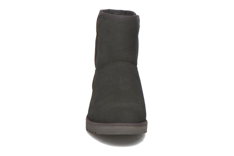 Boots UGG W Kristin Svart bild av skorna på