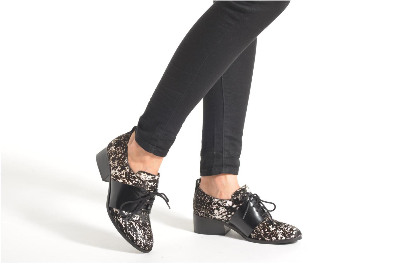 Chaussures à lacets What For Riuru Multicolore vue bas / vue portée sac