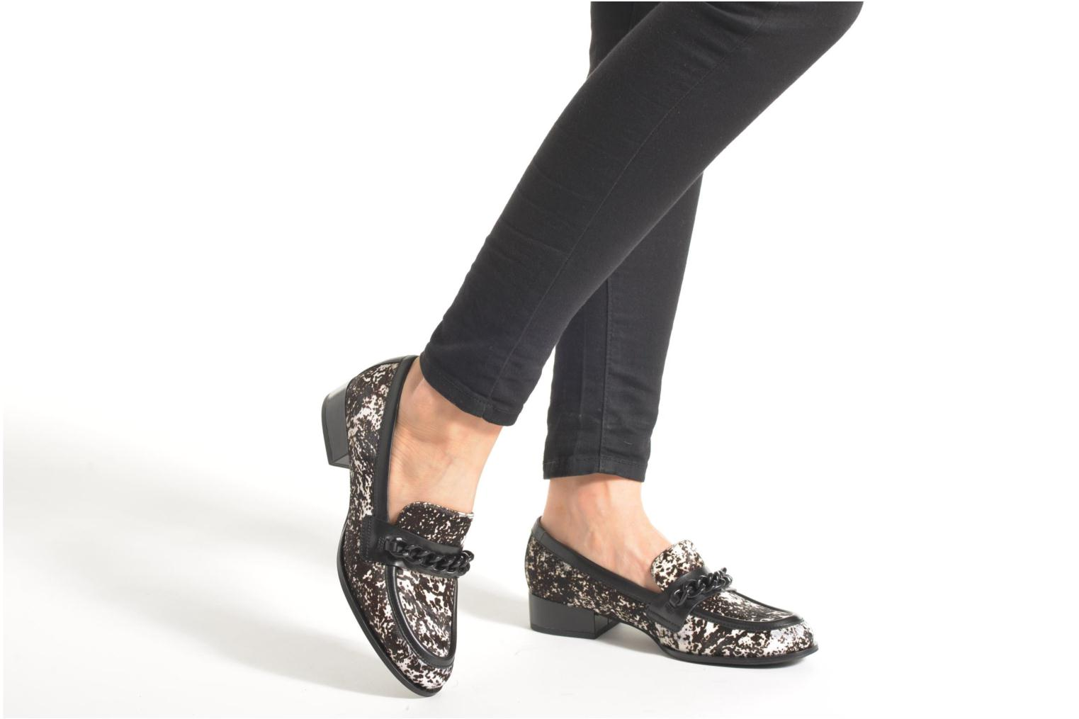 Loafers What For Mayda Black view from underneath / model view