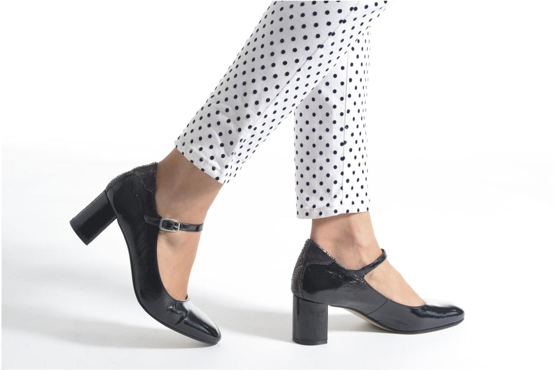 High heels Elizabeth Stuart Katin 505 Black view from underneath / model view
