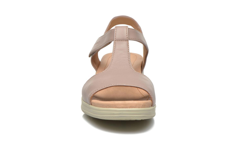 Sandali e scarpe aperte Stonefly Aqua II 26 Beige modello indossato