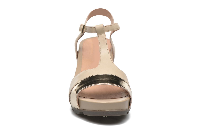 Sandales et nu-pieds Stonefly Anita 3 Beige vue portées chaussures