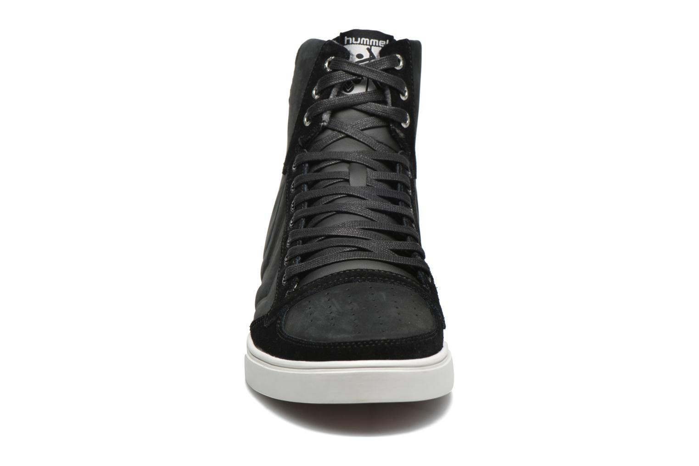 Sneaker Hummel Ten Star Mono Oiled High schwarz schuhe getragen