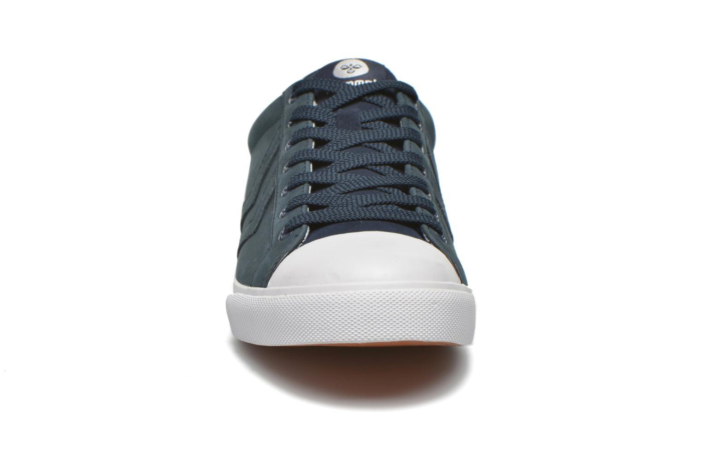 Baskets Hummel Baseline Court Leather Bleu vue portées chaussures