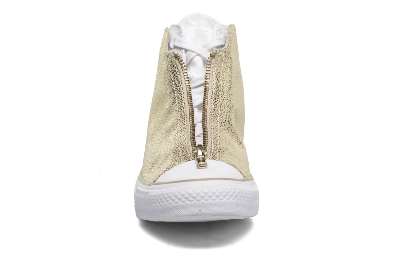 Baskets Converse Ctas Classic Shroud Hi Or et bronze vue portées chaussures