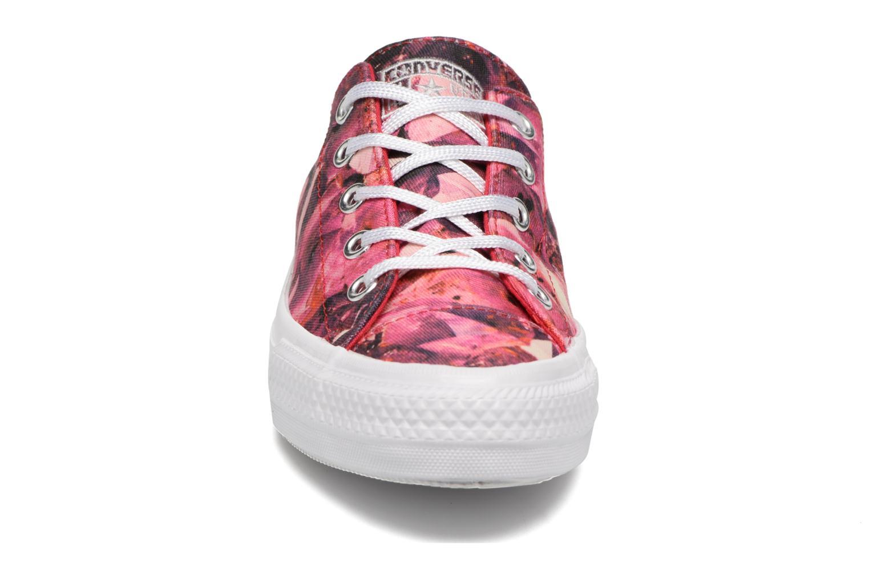 Baskets Converse Chuck Taylor All Star Gemma Ox Rouge vue portées chaussures
