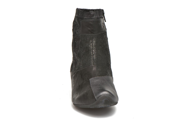 Bottines et boots Think! Aida 87260 Noir vue portées chaussures