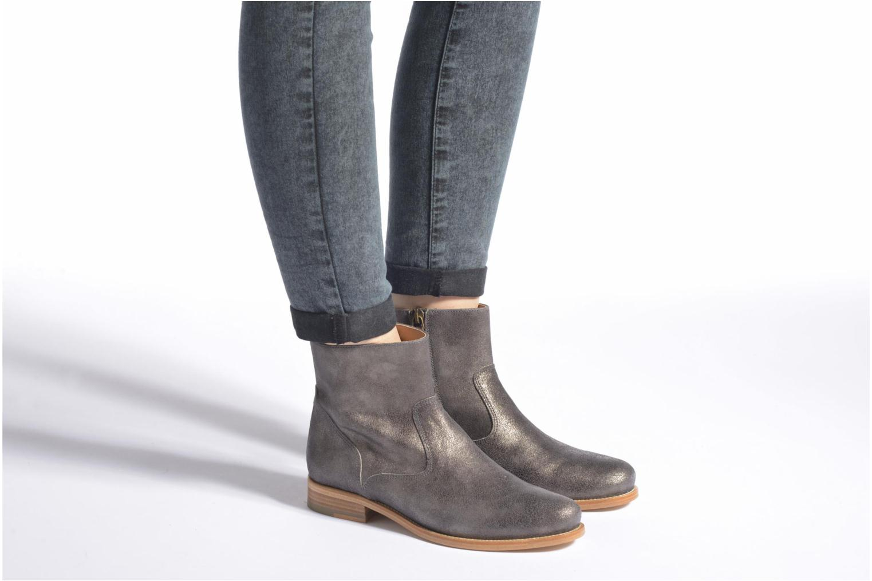 Boots croute velours plate Gris Métal
