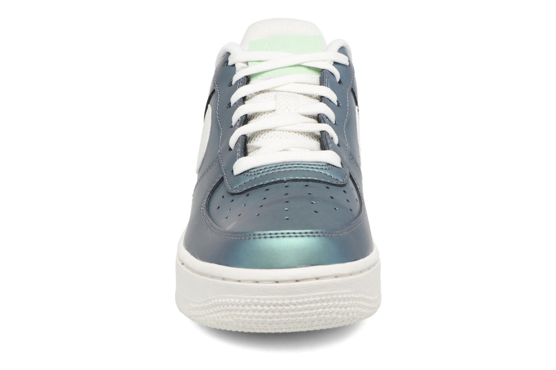 Baskets Nike Air Force 1 Lv8 (Gs) Vert vue portées chaussures