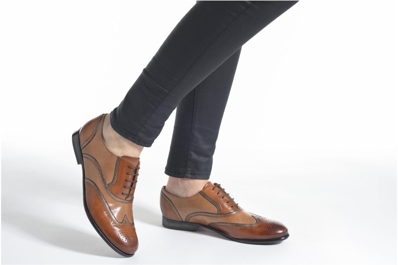 Chaussures à lacets Melvin & Hamilton Sally 38 Marron vue bas / vue portée sac