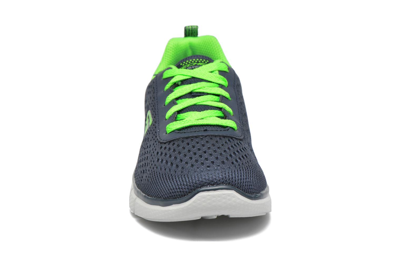 Sneaker Skechers Equalizer 2.0 Settle the Score blau schuhe getragen