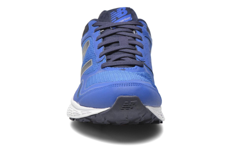 Baskets New Balance M520 D V2 Bleu vue portées chaussures