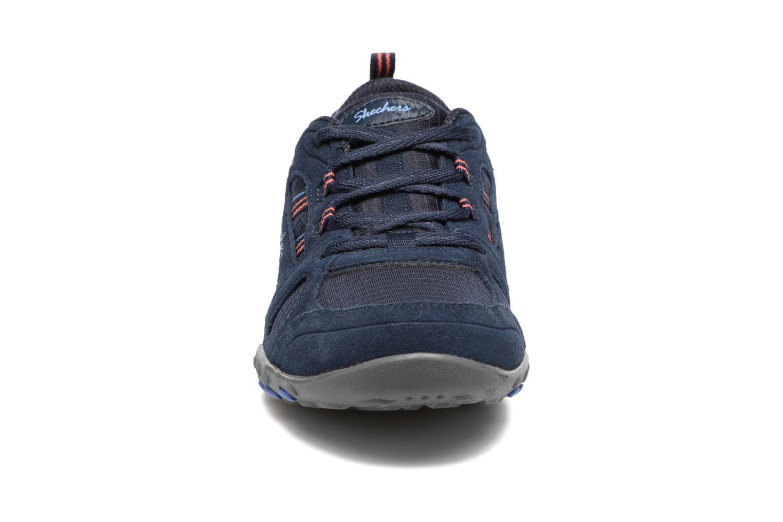Sneaker Skechers Breathe-Easy - Good blau schuhe getragen