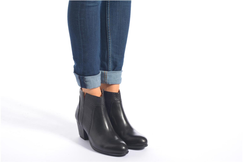 Bottines et boots Stonefly Macy 14 Noir vue bas / vue portée sac