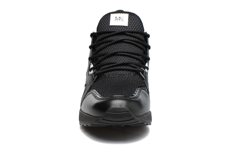Baskets Michael Michael Kors Scout Trainer Noir vue portées chaussures