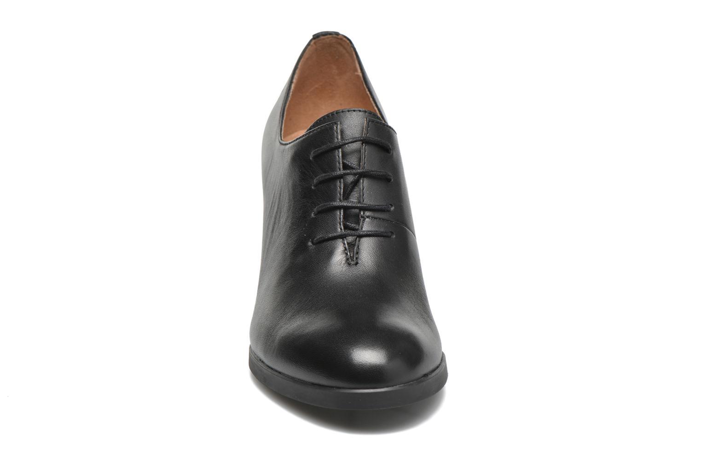 Schnürschuhe Camper Lea K200213 schwarz schuhe getragen