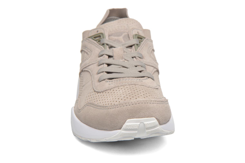 Sneaker Puma R698 Soft Pack beige schuhe getragen