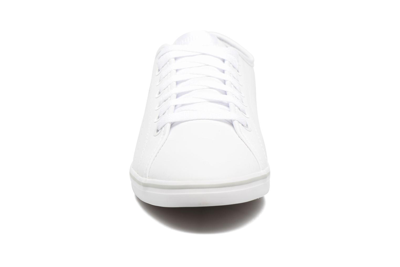Baskets Puma Elsu V2 Perf Blanc vue portées chaussures
