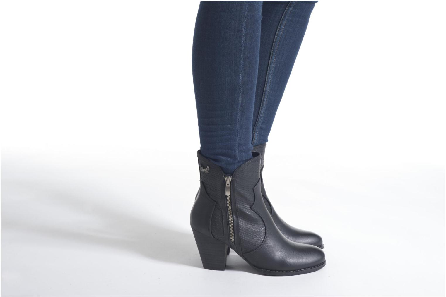 Ankle boots Kaporal Pim Brown view from underneath / model view
