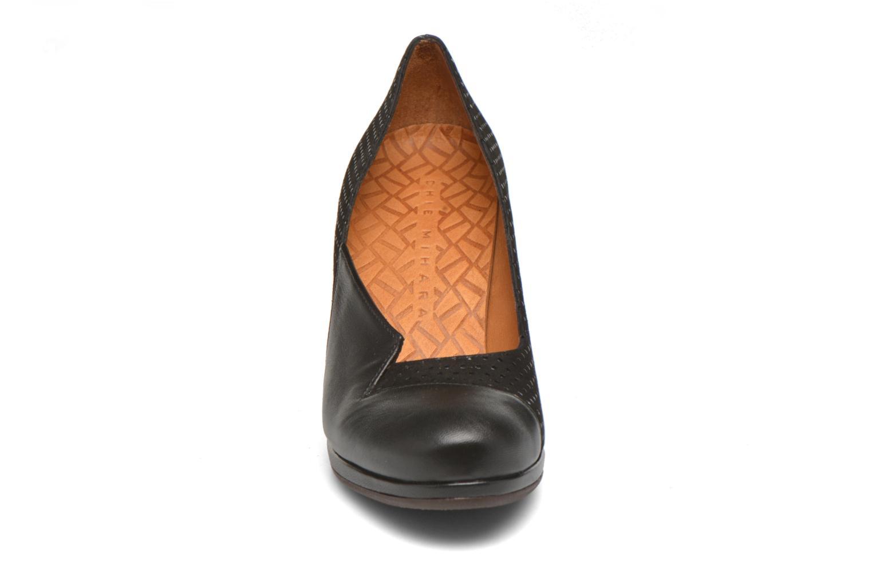 Escarpins Chie Mihara Varda Noir vue portées chaussures