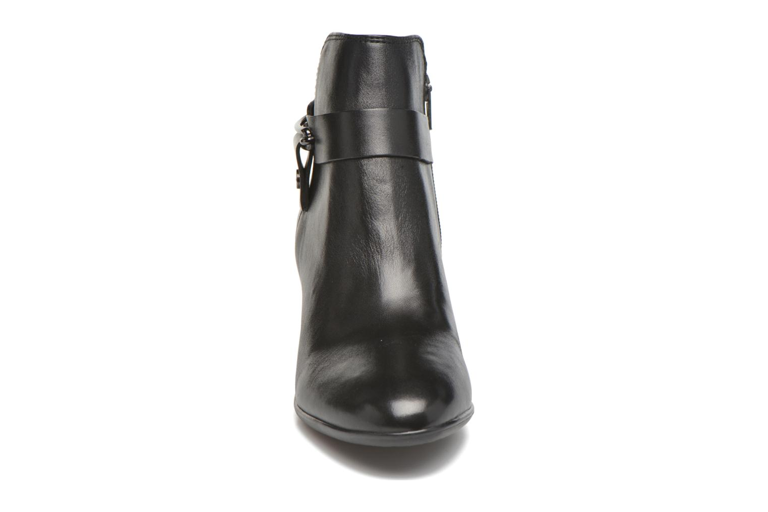 Ankle boots JB MARTIN Catane Black model view